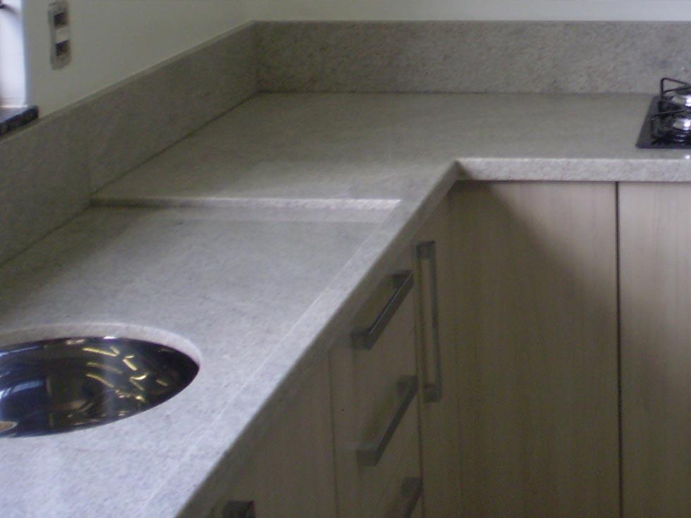 Suficiente Pedra Forte - Cozinha em Granito Branco Itaúnas GQ81